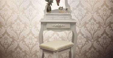 Vintage toaletní stolek